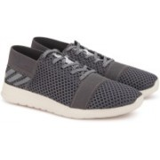 ADIDAS ELEMENT REFINE 3 M Running Shoes For Men(Grey)