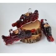 Sticla de vin in forma de MOTOR