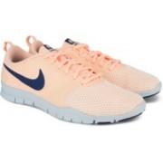 Nike WMNS NIKE FLEX ESSENTIAL TR Casuals For Women(Orange)