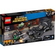 Set de constructie Lego Kryptonite Interception