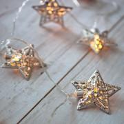 Guirlande Lumineuse LED à Piles avec 10 Étoiles Filigranées Argentées
