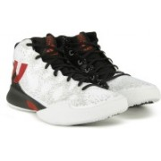 ADIDAS CRAZY HEAT Basketball Shoes For Men(Black, White)