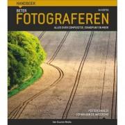 Handboek: Handboek beter fotograferen - Pieter Dhaeze en Johan van de Watering