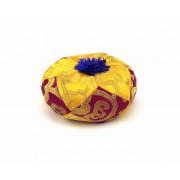 Brokátový vankúšik vysoký fialovo-žltý - 11 cm priemer