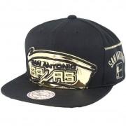 Mitchell & Ness Keps San Antonio Spurs Patent Cropped Black Snapback - Mitchell & Ness - Svart Snapback