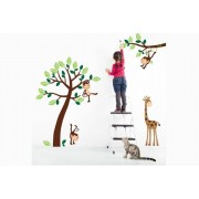 Fab Deco Ltd - Deco Matters £17.99 instead of £79.99 for monkey and giraffe wall stickers from Fab Deco Ltd - Deco Matters - save 78%