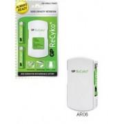 GP Chargeur de piles mobile (USB + Allume cigare) Recyko+ inclus 2xAA 2050mAh