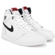 Nike AIR JORDAN 1 RETRO HIGH OG Sneakers(Black, White)