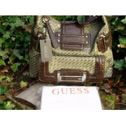 Geanta Guess VY195901