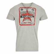 Heineken Featuring a vintage Heineken label from 1931 on the front and a badge on the back, this Heineken beer T-shirt is perfect as a gift for someone else or for yourself. Heineken clothing is a fantastic choice for those who can appreciate fashion that