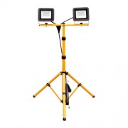 Állványos LED-es fényvető