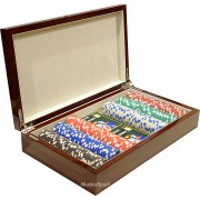 Дървена кутия Las Vegas с 300 покер чипа без номинали