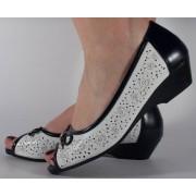 Pantofi perforati platforma alb bleumarin (cod 028451)