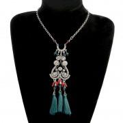 Colier statement boho, medalion cu cristale, margelute si canafi