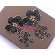Cercei statement flori negre
