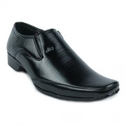 Shoe Island Modish Black Slip-On Formal Shoes