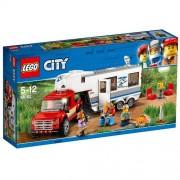Set de constructie LEGO City Camioneta si Rulota