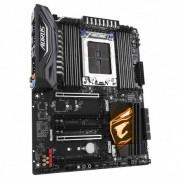 Gigabyte X399 AORUS PRO (rev. 1.0) Socket TR4 ATX AMD X399