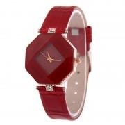 Dámske hodinky v tvare kryštálu červené