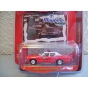 Johnny Lightning Mopar Mayhem R2 1974 Dodge Monaco Fire Chief'S Car