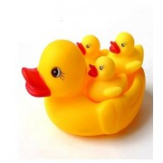 Duck Family Baby Bathing Toys Set Of 4 Yellow Rubber Squeaky Squeeze Lovely Ducklings