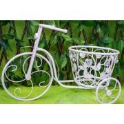 Bicicleta alba, decorata cu trandafiri, si suport pentru flori