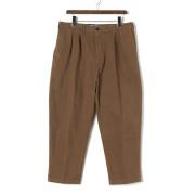 【77%OFF】ツータック センタープレス クロップド パンツ ブラウン 29 ファッション > メンズウエア~~パンツ