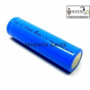 Invento 4pcs 3.7V 2800mah 18650 Li-ion Rechargeable Cell with 4pcs 18650 Plug Universal Li-ion Charger