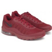 Nike AIR MAX INVIGOR Running Shoes For Men(Maroon)