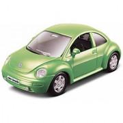 Maisto Maisto Power Kruzerz 45 Inch Pull Back Action - Volkswagen New Beetle Diecast Model Car (Green)