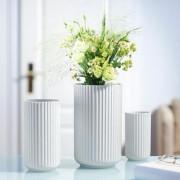 Rosendahl Lyngby Porzellan Vase, handgemachtes Porzellan, 20 cm H, 10 cm Durchmesser, Weiss