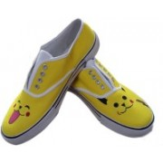 F-Gali The Pikachu Low Top Canvas Shoes Canvas Shoes For Women(Multicolor)