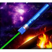 puntero laser verde 532nm 100000mw linterna lazer quema laser SD 303 presentador quema fosforos? cigarrillo ligero? color clave de la imagen segura