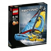 LEGO Technic 2 in 1, Iaht de curse 42074