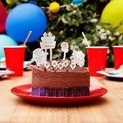 Украса за Торта – Над 100 Картончета