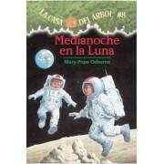 Medianoche En La Luna:, Paperback