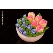 kaarsen: Schaaltje met tulpen ROZE en blauwe druifjes, KAARS