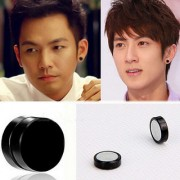 DY Classic Black Plain Thin Magnetic Unisex Fashion Stylish Earing Ear Stud Round Black For Men Women (1 Pair)