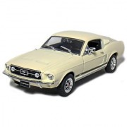 Welly 1/24 Scale Die-Cast Collection: 1967 Ford Mustang Gt Cream.