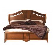 Doppelbett mit Intarsie und Schnitzarbeit