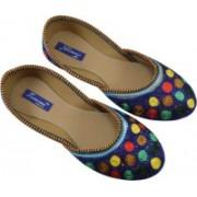 Tamanna Natural handicraft Jutis For Women(Multicolor)