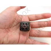Telecamera per videosorveglianza con memoria e batteria integrata. Motion detection