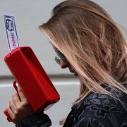 Cash Cannon Lluvia Dinero Arma Reductor Anti - Ansiedad Estrés Juguete Regalo De Navidad Juguetes Para Niños Y Adultos Divertido Juguete Con Indicador De Luz (rojo)