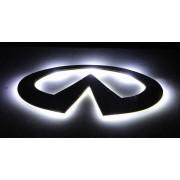 Эмблема со светодиодной подсветкой Infiniti белого цвета «156x78»