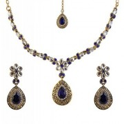 Kriaa by JewelMaze Zinc Alloy Gold Plated Blue Austrian Stone Kundan Necklace Set With Maang tikka-AAA0645