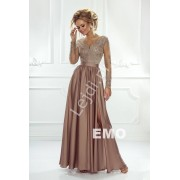 Sukienka na wesele z długim tiulowym rękawem obszytym gipiurową koronką Karmelowa suknia wieczorowa Luna