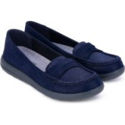Clarks Jocolin Maye Navy Synthetic Loafers For Women(Navy)
