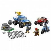 Lego Конструктор Lego City Police Погоня по грунтовой дороге