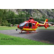 MACHETA ELICOPTER EC135 AIR-GLACIERS - REVELL (04986)