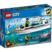 LEGO City Iaht pentru scufundari No. 60221